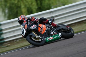 Kiyo takes Pole Position at Mallory Park