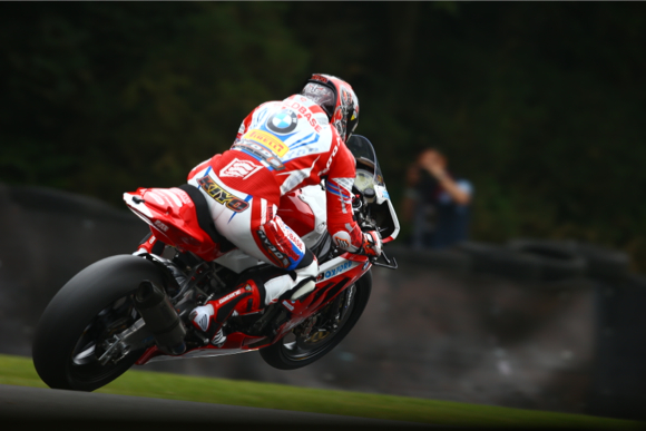 Buildbase BMW Motorrad squad at full strength for Cadwell Park Bank Holiday weekend