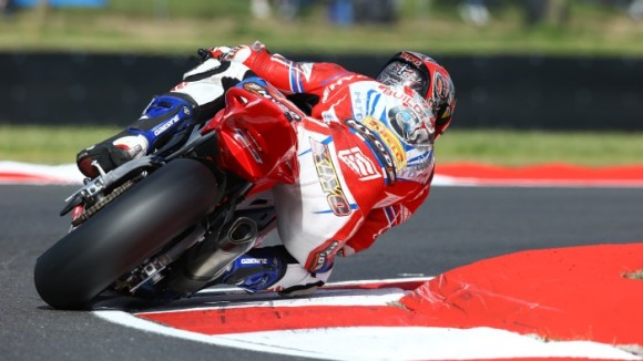 Kiyonari takes second place in the 2014 BSB Championship as injury ends his title bid
